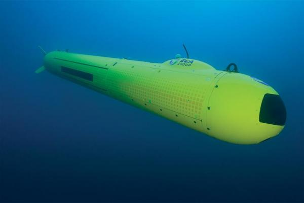 eca-group-auv-a18d-underwater.jpg