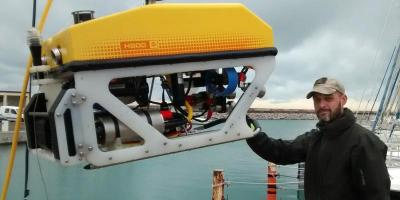 training_and_sea_trials_on_a_h800_rov_system_to_be_delivered_to_french_polynesia.jpg