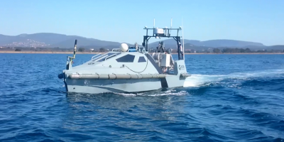 inspector_usv_fitted_with_towsca_towed_sonar_and_usbl_positioning_system_on_the_arm_0.png