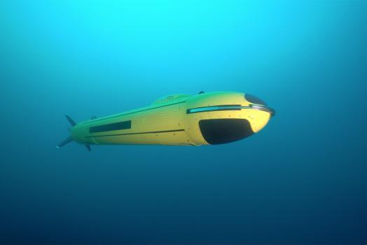 ECA-Group-AUV-A18-M-underwater-6.jpg