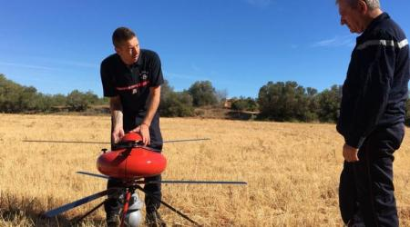 ECA GROUP - UAV - IT180 - La Provence: An ECA Group UAV IT180 helps firefighters in Martigues