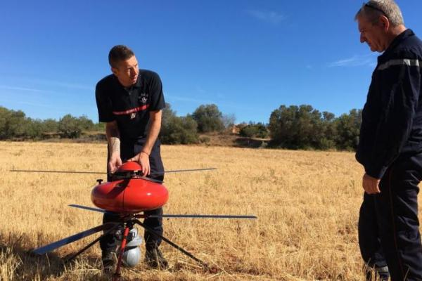 ECA-GROUP-UAV-IT180-La Provence: An ECA Group UAV IT180 helps firefighters in Martigues.jpg