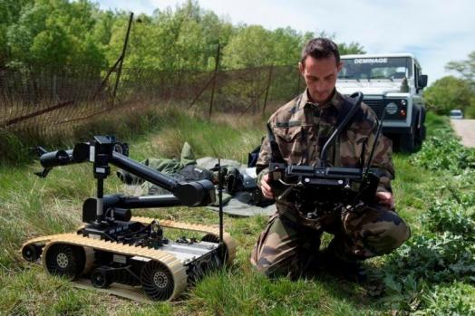 ECA-GROUP-NEWS-UGV-CAMELEON USED BY FRENCH ARMY.jpg