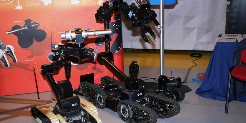 EDR Magazine: EUROSATORY 2018 | ECA Group presents its family of ground robots