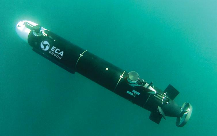Harbor and coastal surveillance AUV