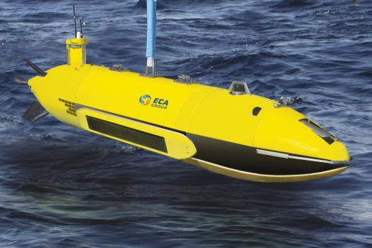 ECA-Group-AUV-A27-E-deployment-3.jpg