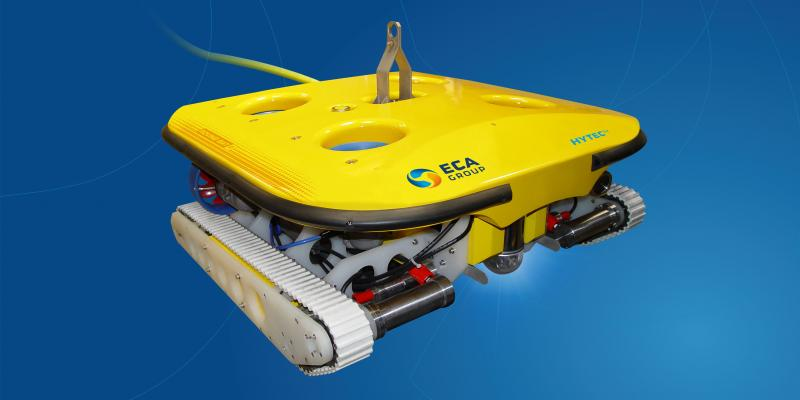 ROV Planet: ROVING BAT ROV The Right solution for Hull Cleaning and other UWILD applications