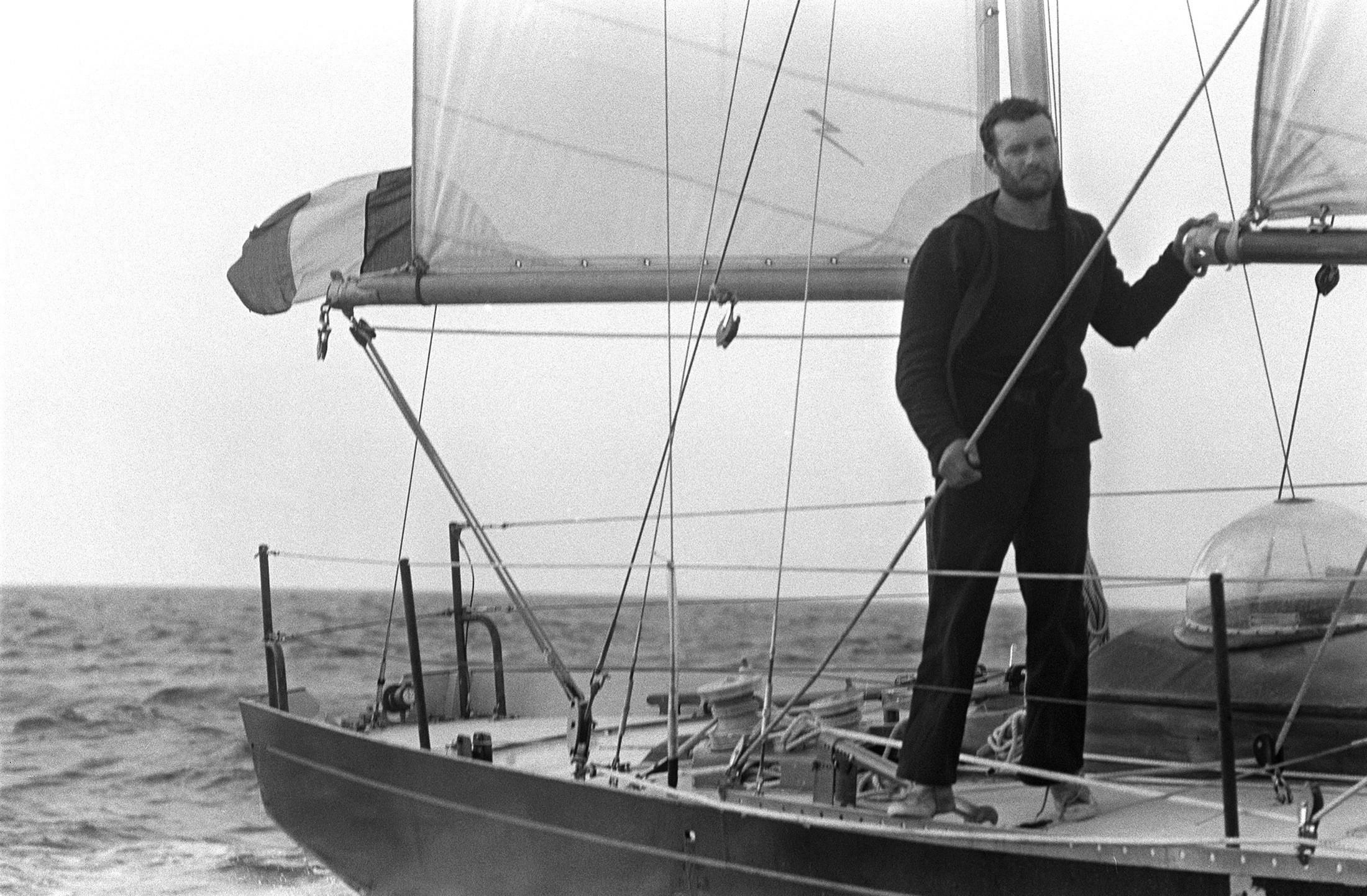 Éric Tabarly  on Pen Duick II after winning the OSTAR. June 18, 1964.