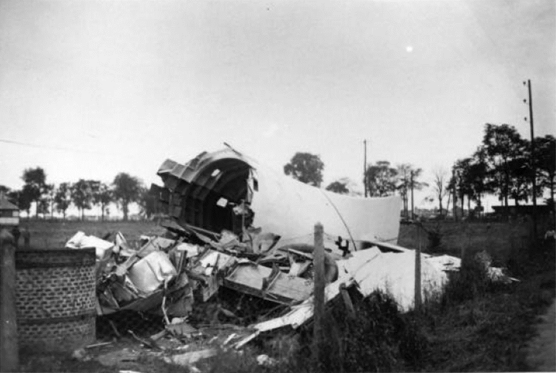 """Arc-en-Ciel"" aircraft just after the crash which caused the death of two members of the crew"