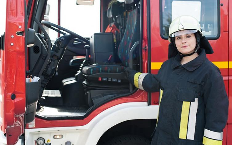 Simulation Training Systems For Fire Truck Driving
