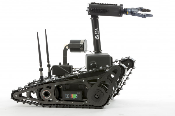 ECA_Group_UGV_CAMELEON-LG_VCL_ARM_ FLIP-in_FO_001.JPG