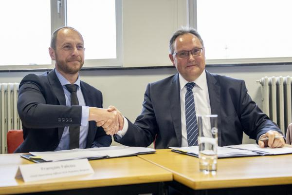 ECA Group-news-ECA Group  signs new plant in ©PortOostende