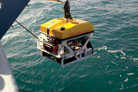 ECA-Group-ROV-H800-EASY-LAUNCH-AND-RECOVERY