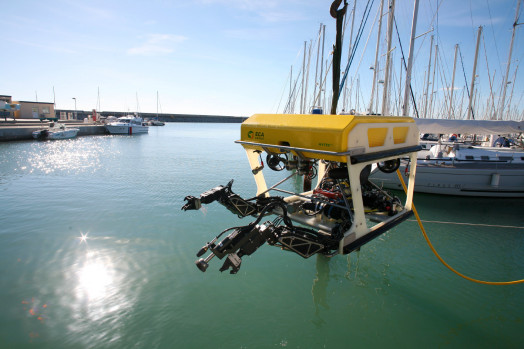 Eca Group ROV H1000 with jetting cleaning system mounted on manipulator arm